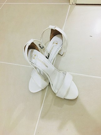 Ayakkabı delisiyim marka topuklu