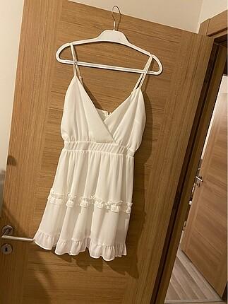 Etiketi üzerinde elbise temizdir kullanılmamıştır