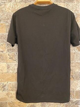 l Beden Moschino tshirt