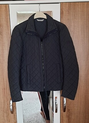 Marka ceket