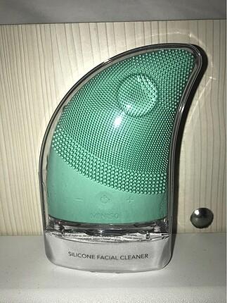 Minoso?dan 3 modlu silikonlu yüz temizleme cihazı .