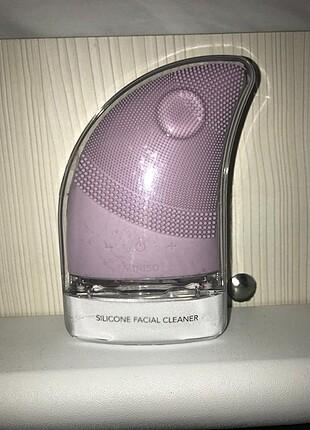 Miniso yüz temizleme cihazı