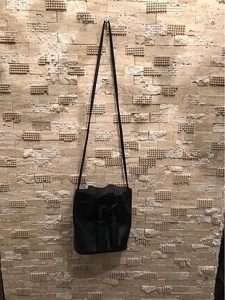 Siyah bucket çanta
