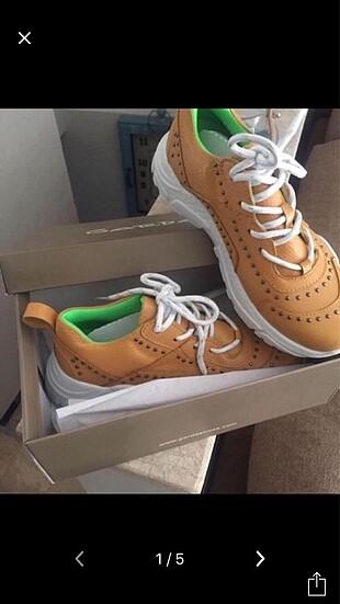 Garda marka spor ayakkabı