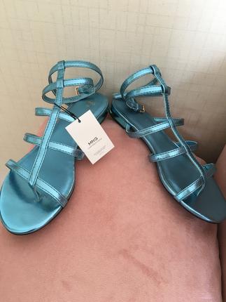 Mango metalik mavi sandalet