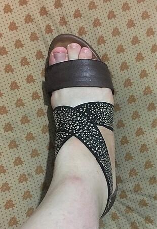 Zara Dolgu topuk Taşlı Ayakkabı