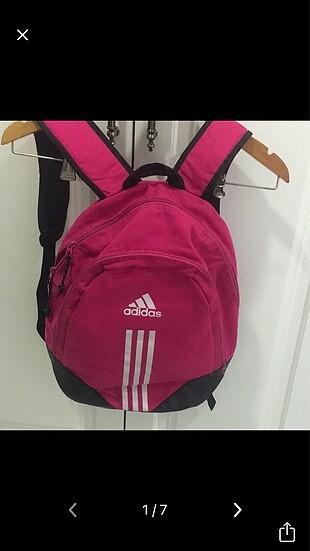 Çanta orijinal nike kol çantası.