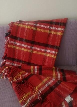 Kırmızı battaniye sacakli battaniye sarar marka