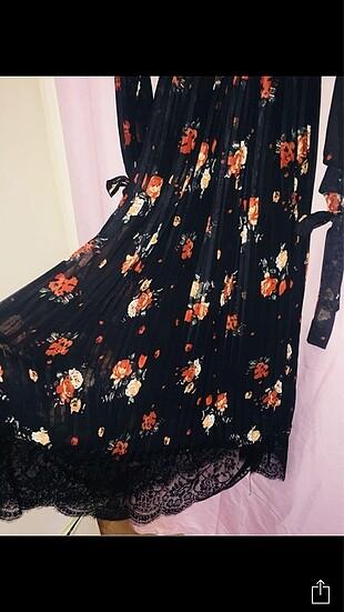 Zara Uzun pileli elbise