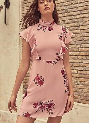 Gül kurusu çiçek desenli elbise