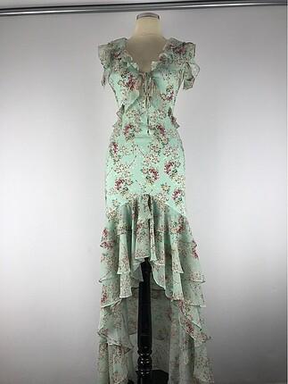 Bağcık detaylı şık elbise