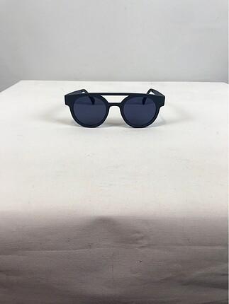Diğer Şık güneş gözlüğü