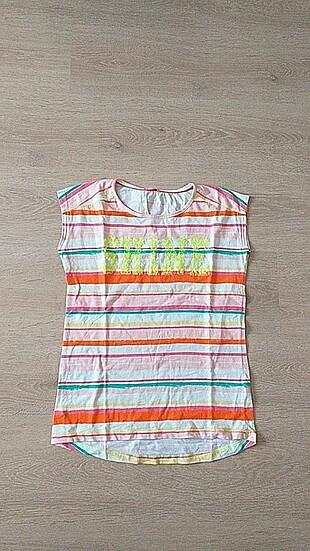 Pullu çizgili tişört