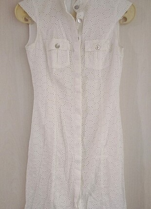 Beyaz mini fisto elbise