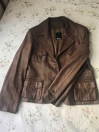 Çok Az Kullanılmış Deri Ceket