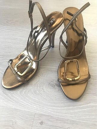 Nine West -Anne Klein