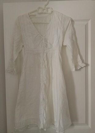 Beyaz alaçatı stil elbise