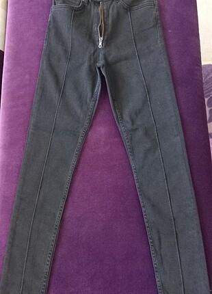 Yüksek Bel Çift Düğmeli Siyah Jean