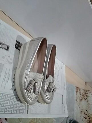 Kadin klasik ayakkabı