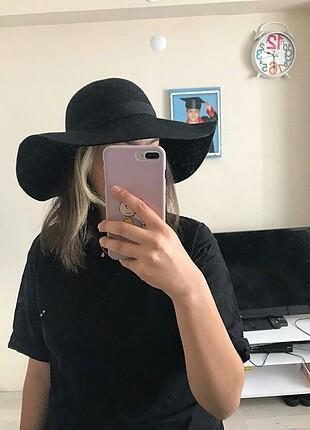 Mango Şapka yeni etiket üstünde