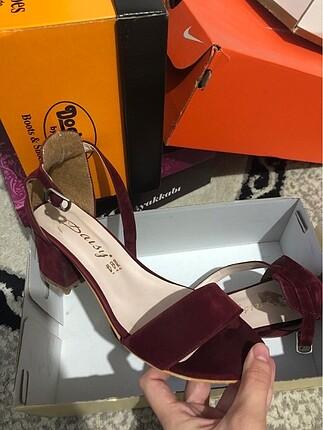 topuklu ayakkabı bordo