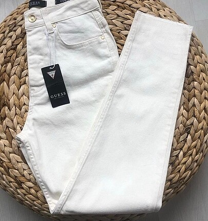 guess mom fit jean