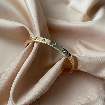 Cartier kelepçe bileklik