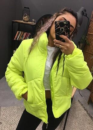 Neon şişme mont