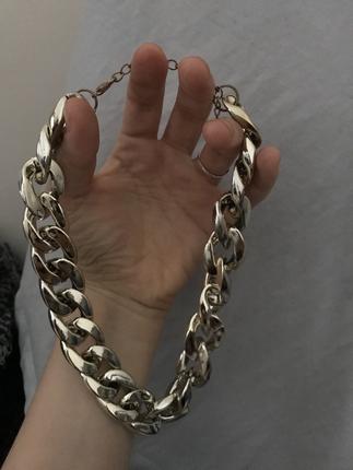 gold altın rengi zincir tasma kolye