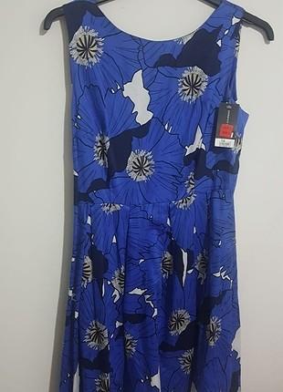 Mavi çiçekli salaş elbise