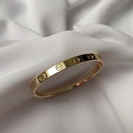Cartier gold kelepçe bu ilanı almayınız