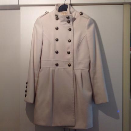 Krem rengi palto