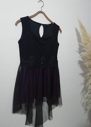 mor siyah beli boncuk ve desenli kısa abiye