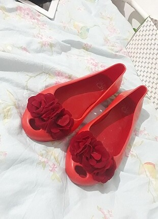 Plâstik ayakkabı