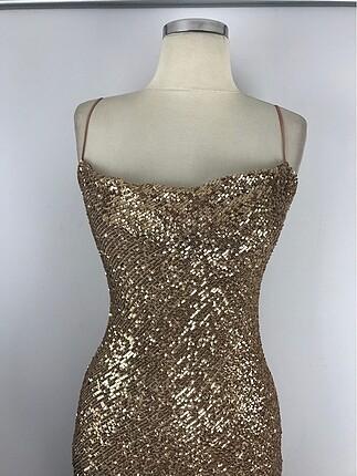 36 Beden altın Renk Tasarım Şık Elbise