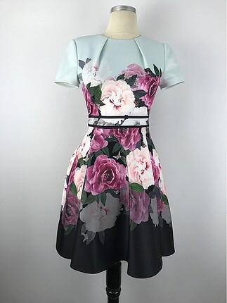Gülşah Saraçoğlu Renkli Tasarım Elbise