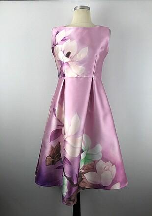 Sıfır Kol Tasarım Elbise