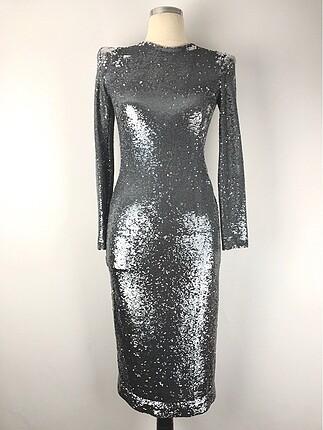 Pullu Tasarım Elbise