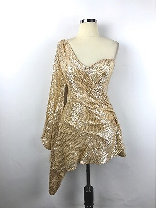 Kısa Tasarım Elbise