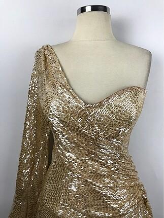 Gülşah Saraçoğlu Kısa Tasarım Elbise