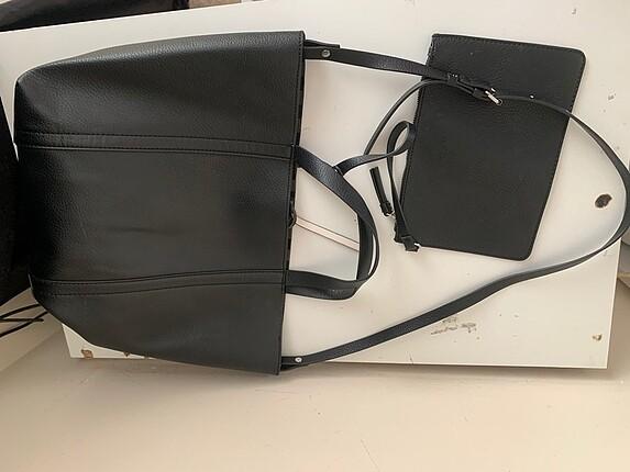 Beden siyah Renk Zara kendinden cüzdanlı askılı büyük çanta