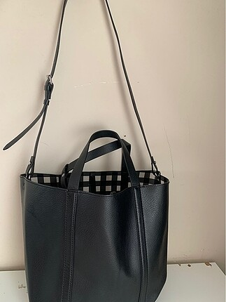 Zara Zara kendinden cüzdanlı askılı büyük çanta