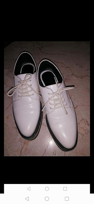 Zara Oxford..