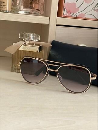 Kadın gözlük :)