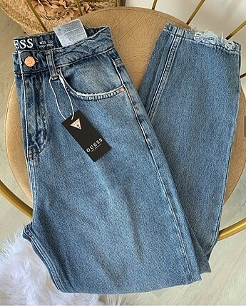 Guess Guess mom jean