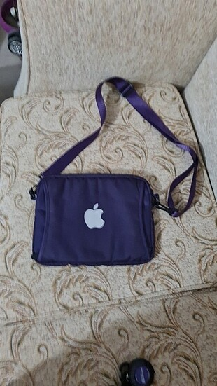 Tablet çantası