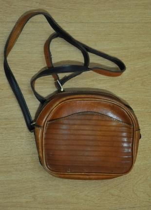 vintage yarım kol camel rengi gömlek + vintage mini çanta