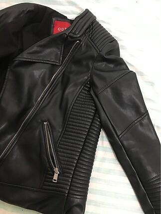 Guess Kadın Deri Ceket