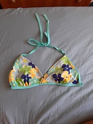 çiçekli bikini üstü