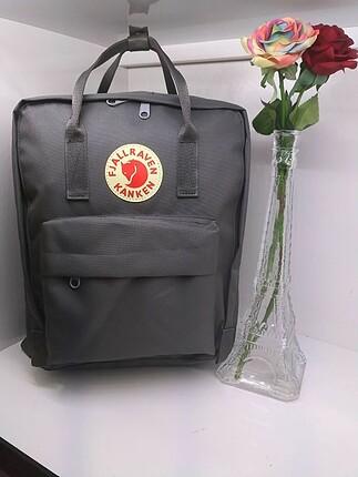 kanken sırt çantası gri